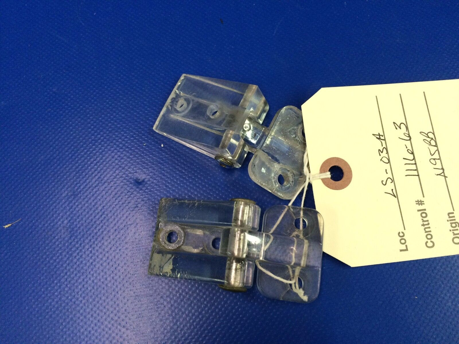Beech Baron 58 Hinge Assy Storm Window ONE PAIR P/N 96-420105-1 (1116-63)