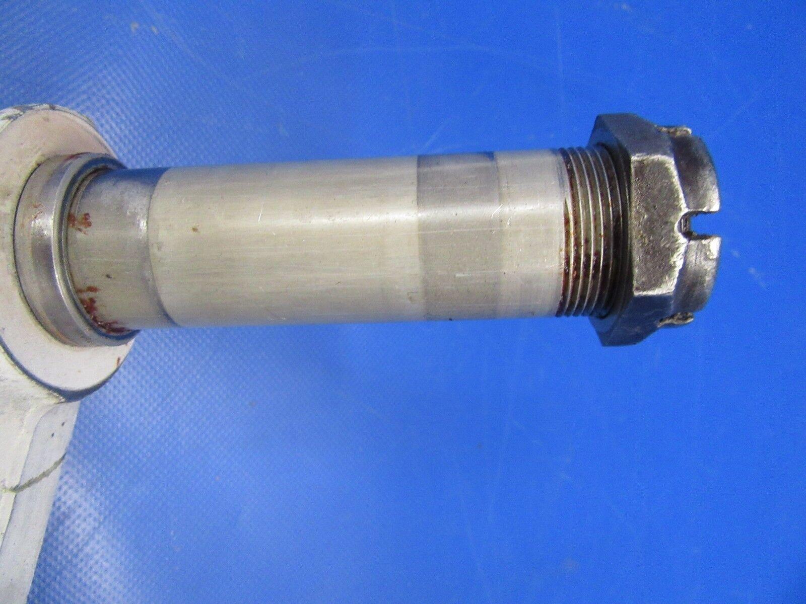 Beech Baron 95-B55 Nose Gear P/N 35-825196-696 (1018-29)