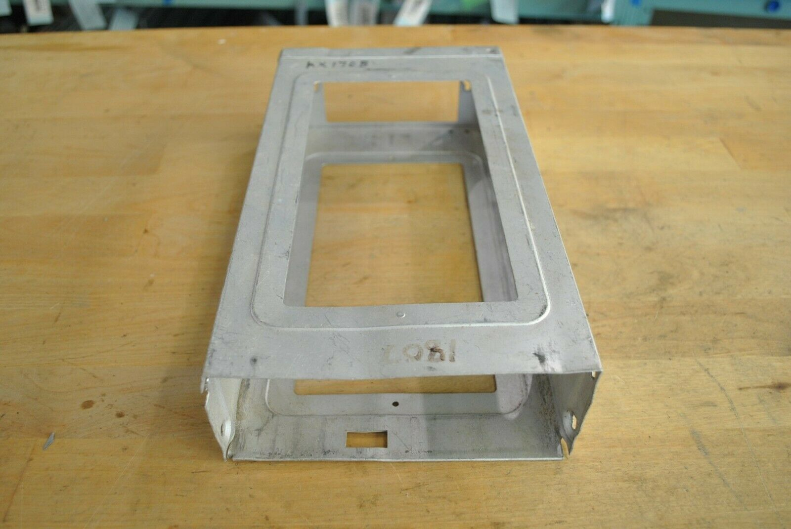 Bendix King KX170B KX175B Nav/Comm Mounting Tray Installation Rack