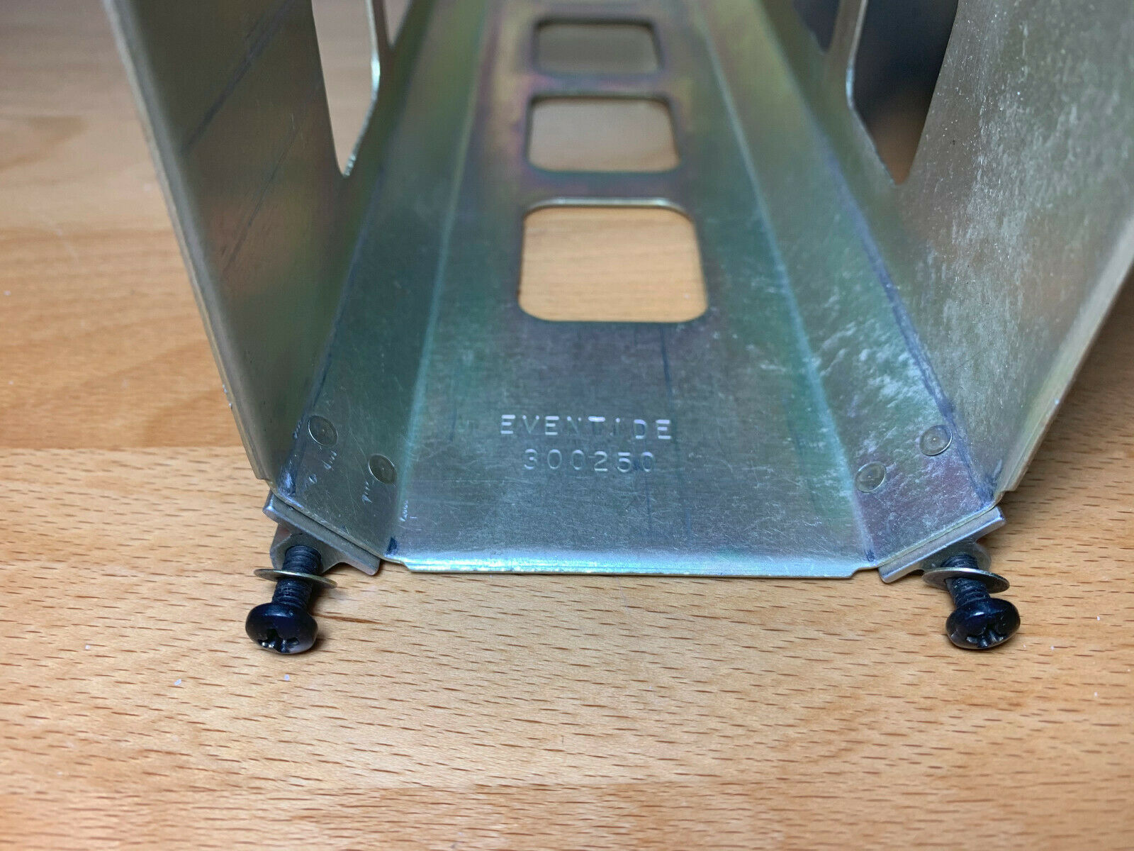 Eventide Argus 7000 tray rack P/N 300250 and backplate
