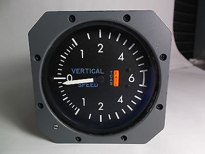 SLZ7606-02  TCAS IVSI