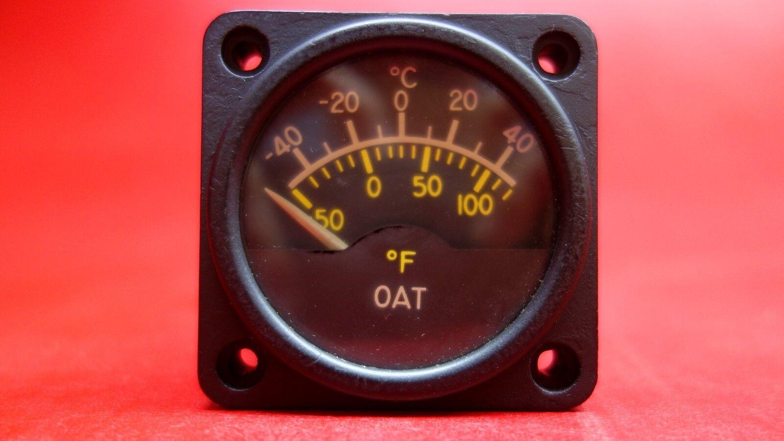 Castleberry Outside Air Temperature Gauge PN C668520-0104, 500-23